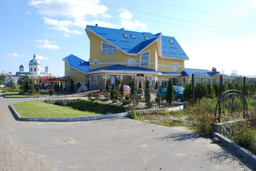 Детальніше за посиланням: http://motel.dolyna.info